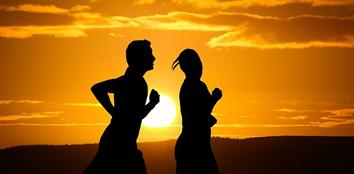 Quero começar a me exercitar, mas sempre fico na dúvida do que tenho que fazer: pilates, academia ou correr na rua?