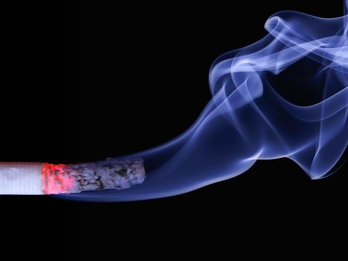 Pesquisa revela que 1,8 milhão de jovens já fez uso do tabaco