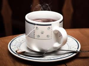 Chá de hibisco é muito consumido nas dietas de emagrecimento