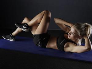 Exercício físico combate radicais livres, confere ação antienvelhecimento e aumenta o tônus da pele
