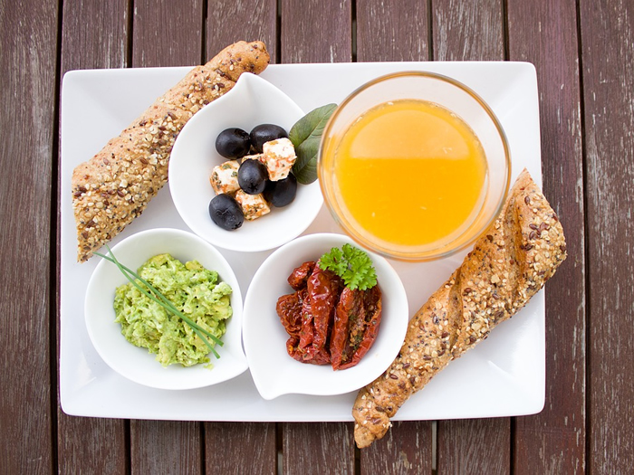 Mudança de hábito para 2020: 6 em cada 10 brasileiros gostariam de se alimentar com mais calma e tempo