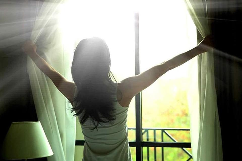 Falta de exposição solar durante quarentena pode favorecer surgimento de doenças de pele