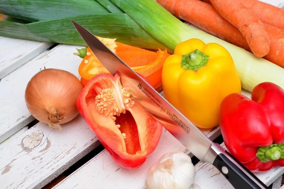 Na quarentena, aposte nos alimentos in natura e evite os ultraprocessados; entenda a diferença