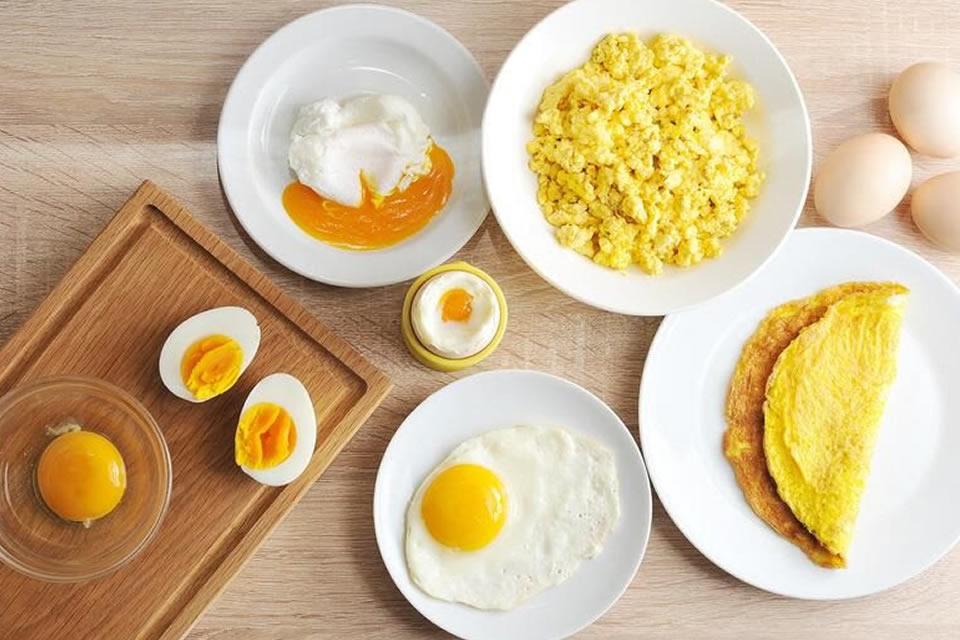Ovos! macios, fritos, duros, moles, assados, omeletes, mexidos ou poché. Escolha o seu preferido e bom apetite!